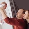 фото новорожденной с родителями